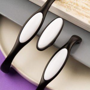 Ручка-скоба с фарфором, 128мм, матовый черный/белый