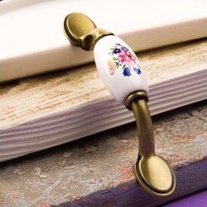 Ручка-скоба с фарфором, 76мм, бронза